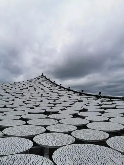 Het dak van de Elbphilharmonie