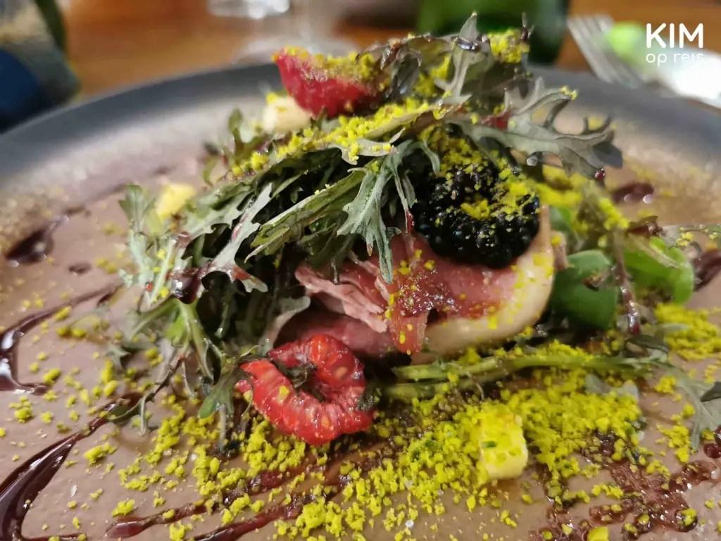Eend restaurant B.A.M. Troyes: salade met eend