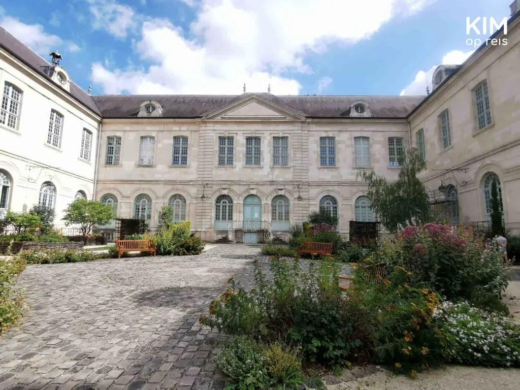 Hôtel-Dieu-le-Comte tuin Troyes
