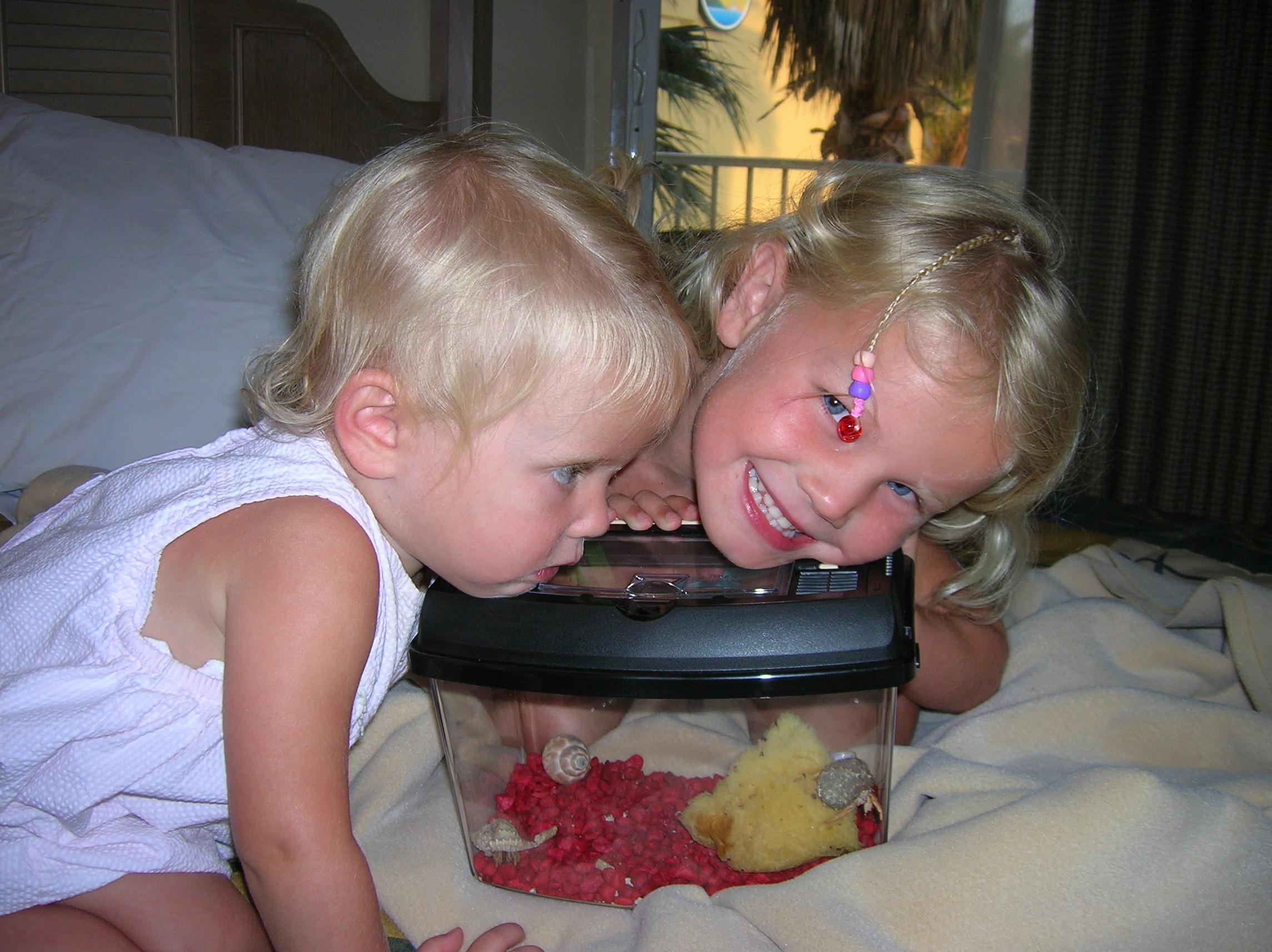 Nana getting a hermit crab...yuck!