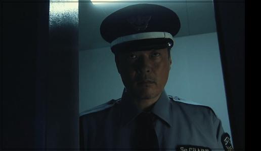 あなたの番です502号室の新住人・南は刑事か警察?正体や職業は?