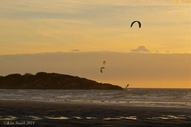 Kitesurfing ©kim Smith 2014JPG