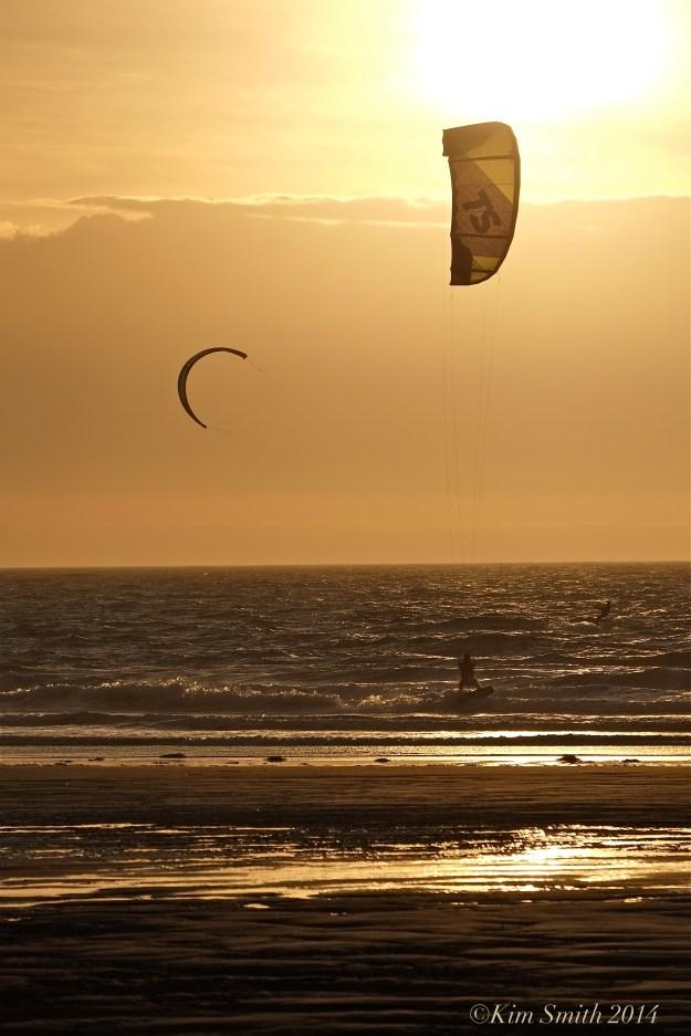 Kitesurfing Kiteboarding Good Harbor Beach Gloucester -6©Kim Smith 2014 jpg