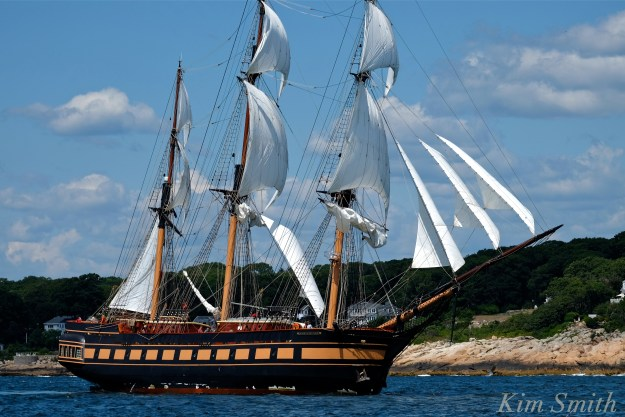 Oliver Hazard Perry ship -1 copyright Kim Smith