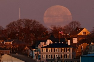 Super Moon Worm Moon March Full Gloucester copyright Kim Smith - 9 of 18