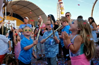 Confetti Kids Saint Peter's Fiesta 2019 copyright Kim Smith - 06