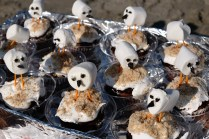 Deb Brown Marshmallow Piping Plover cupcakes