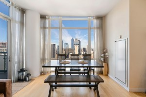 325 5th Ave Apt: 42A photo