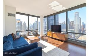 Beautiful, sun-drenched corner 1BD/1BA in the Heart of The Upper West Side! photo