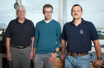 Soldan sağa doğru Allan Jacobson, Ognjen Miljanić ve Olafs Daugulis