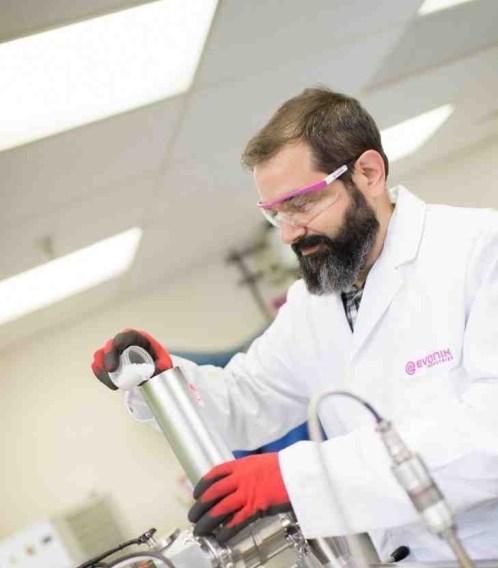 Araştırmacılar Kemik Kırıklarını Düzeltmek İçin Biyobozunur Kompozit Malzemeler Üzerine Çalışıyor