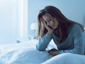 kronik uykusuzluk depresyon riskini iki kat artiriyor
