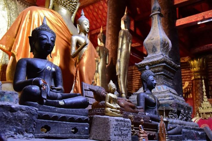 Buddhas - Wat Mai