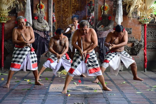 Barong and Kris Dancer - Villagers with daggers