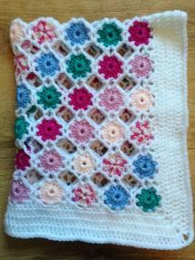 polka dot baby blanket 2