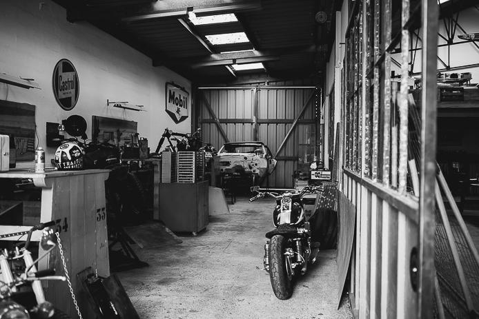 Garage et réparation de motos à la Ruche Moderne à Anglet