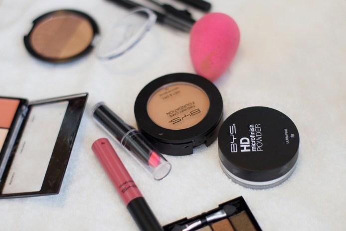 BYS Maquillage numéro un en Australie.