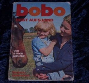 Bobo reist aufs Land_Hakon Mielche
