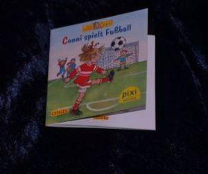 Conni spielt Fußball_Schneider_Wenzel-Bürger