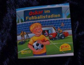 Oskar im Fußballstadion_Fiebrig_Krause