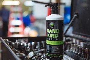 hand-kind-scrub-toolbox1