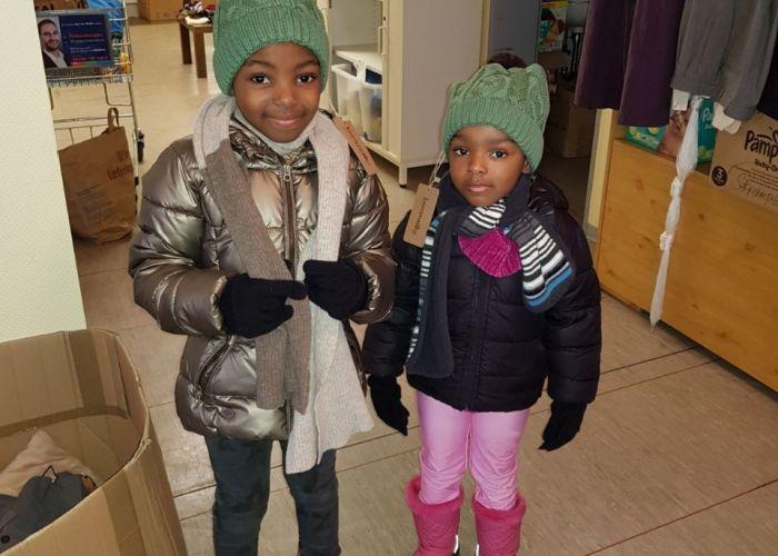 Wintermützen für Flüchtlingskinder