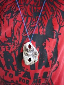 Fertig ist die einfache Variante der Muschelkette. foto (c) kinderoutdoor.de