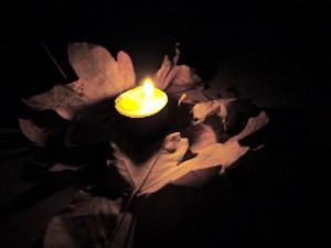 Kerzen gießen mit Kindern hat einen großen Vorteil: Alle haben was von unserer Bastelei. foto (c) kinderoutdoor.de