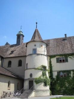 """""""Ist das ein Schloß vom König?"""" Idyllische, historische Bauten gibt es einige auf der Reichenau. foto (c) kinderoutdoor.de"""