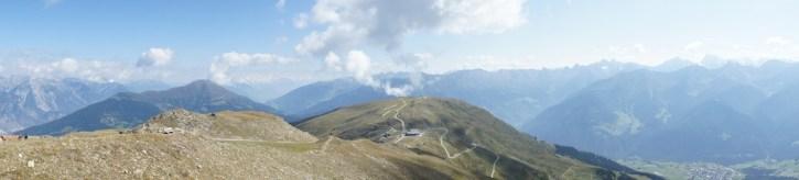 Bergsteigen mit Kindern über 2.000 Metern ist am Zwölferkopf in Tirol kein Problem. foto (c) kinderoutdoor.de