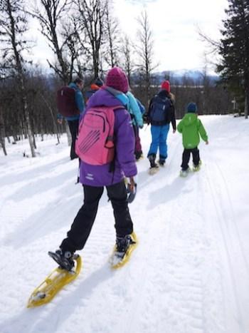 Schneeschuhwandern mit Kindern in Tirol Foto (c) kinderoutdoor.de