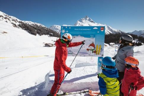 Skiurlaub in Warth-Schröcken: Hier findet sich für jedes Können die passende Piste. Foto: Warth-Schröcken/Sebastian Stiphout