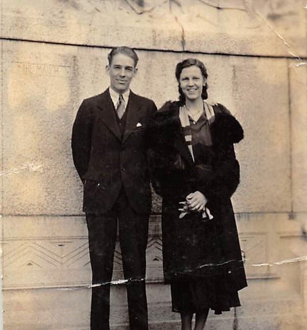 Dorothy to Ellsworth, 25 April 1934