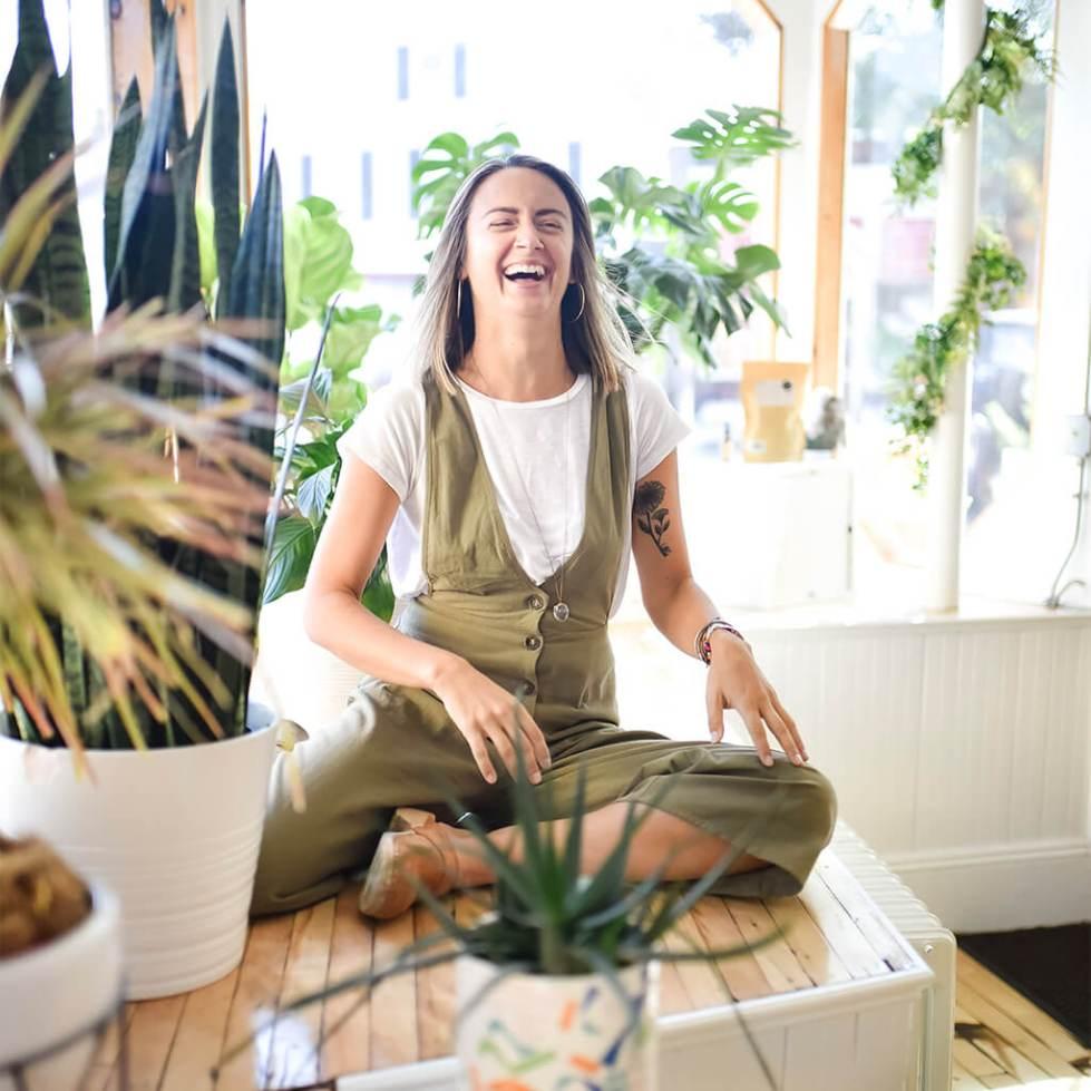 Muse Vitality, Woman Allison smiling