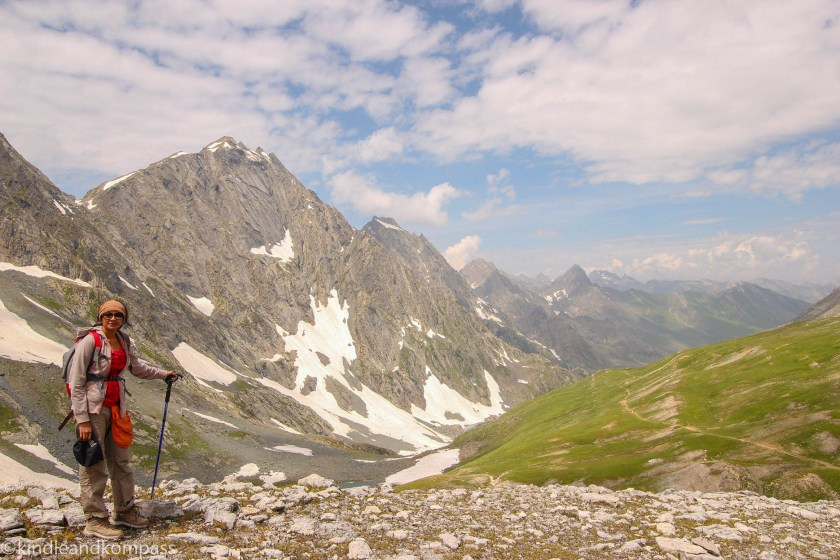 himalayan wonder woman,hiking, finding time for the things you love, kasmir hike, gadsar pass