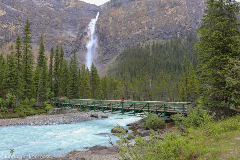 Takkakaw falls, Yoho National Park, Banff and Jasper Tourism, Canadian Rockies
