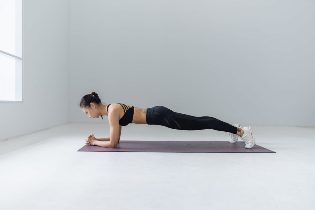 plank walk ups : planks exercise and bodyweight exercises