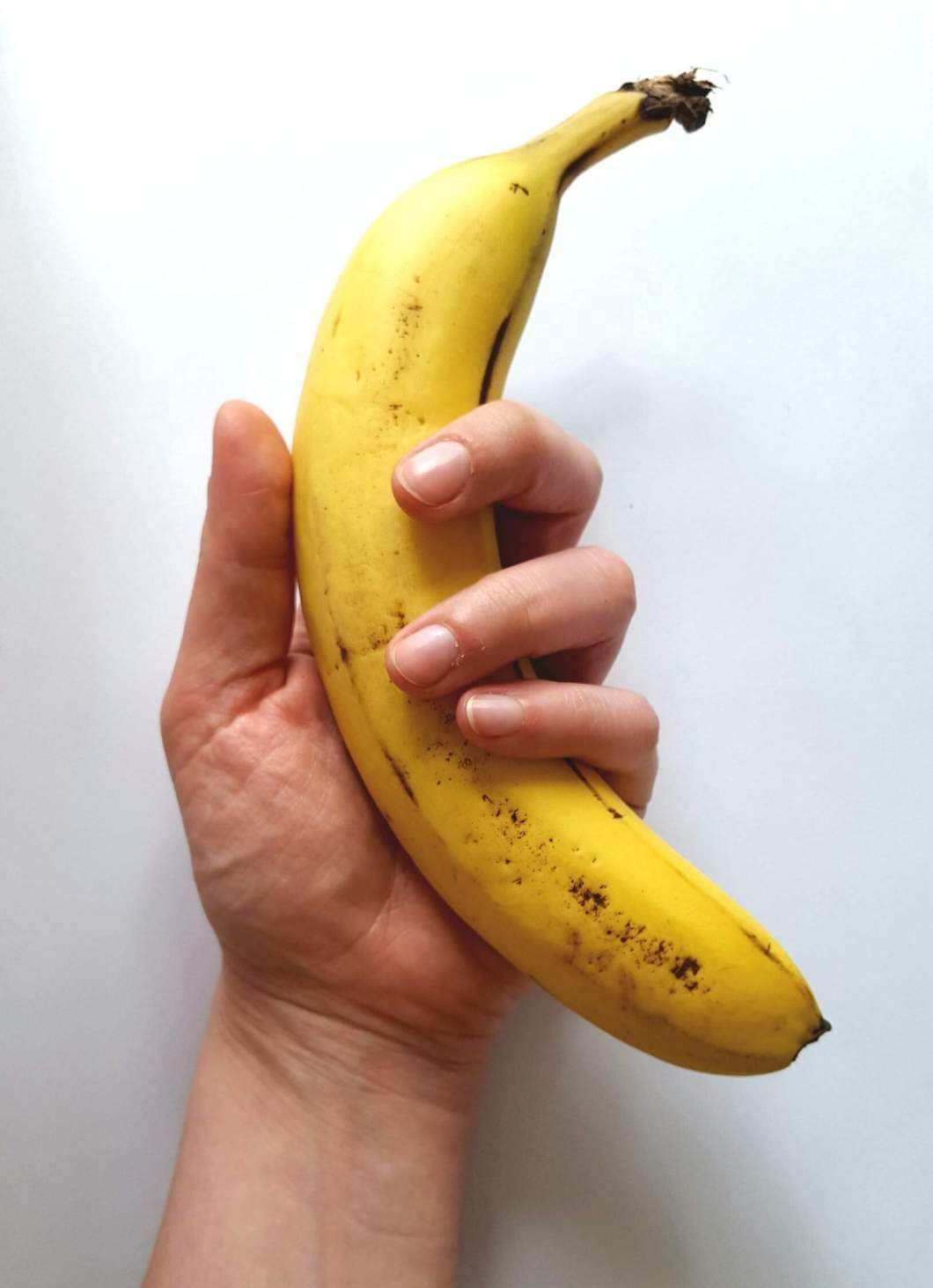 how many calories in a large banana and how many calories are in banana