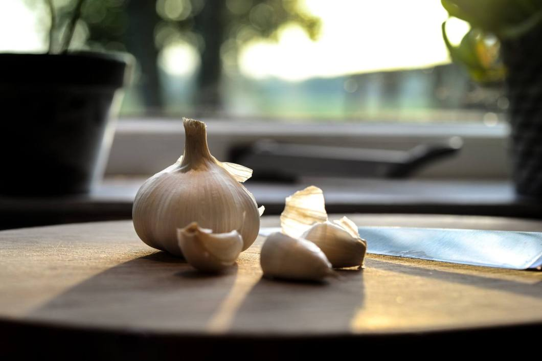 Garlic - How to get rid of body pain naturally