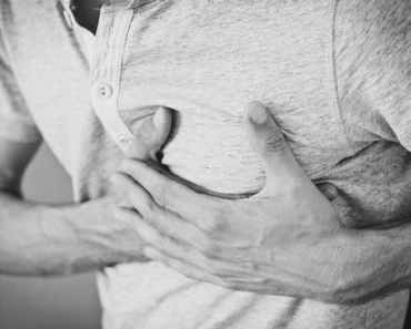 11 signs of heart attack you should know about