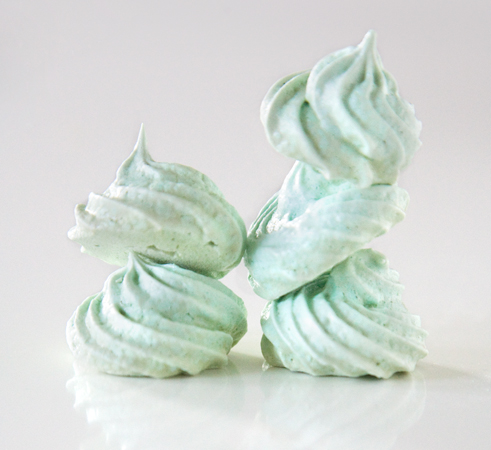meringue cookies, cotton candy meringue