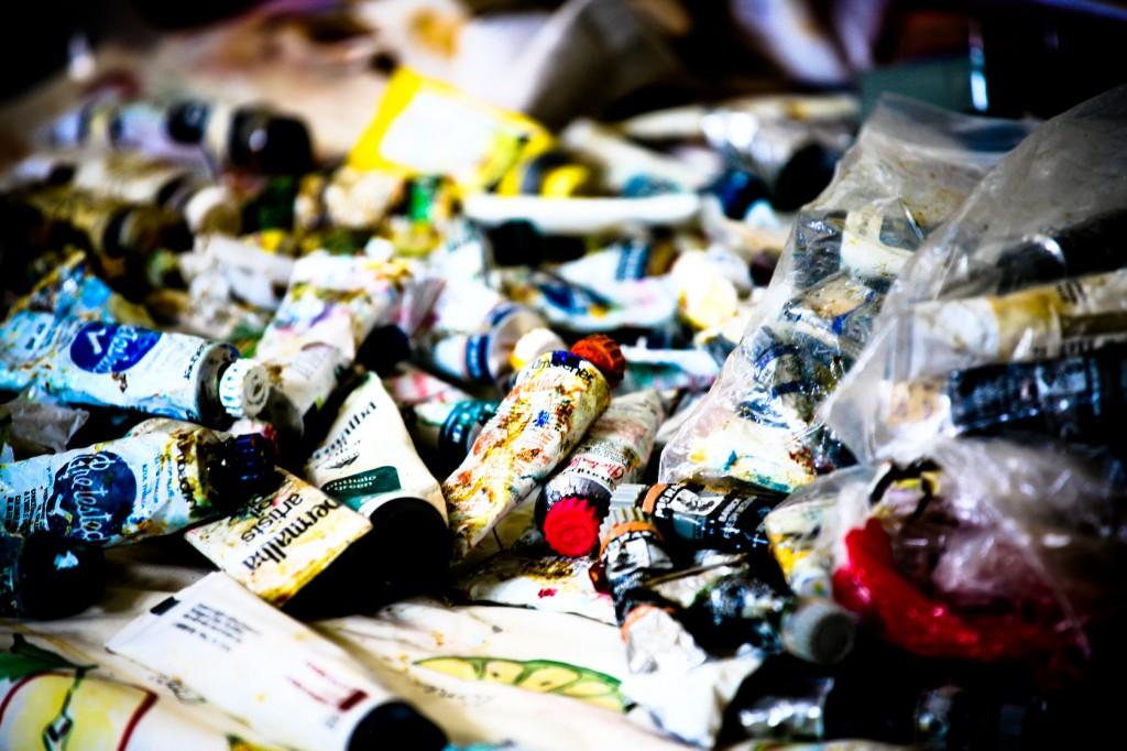 Wallpaper - Paints