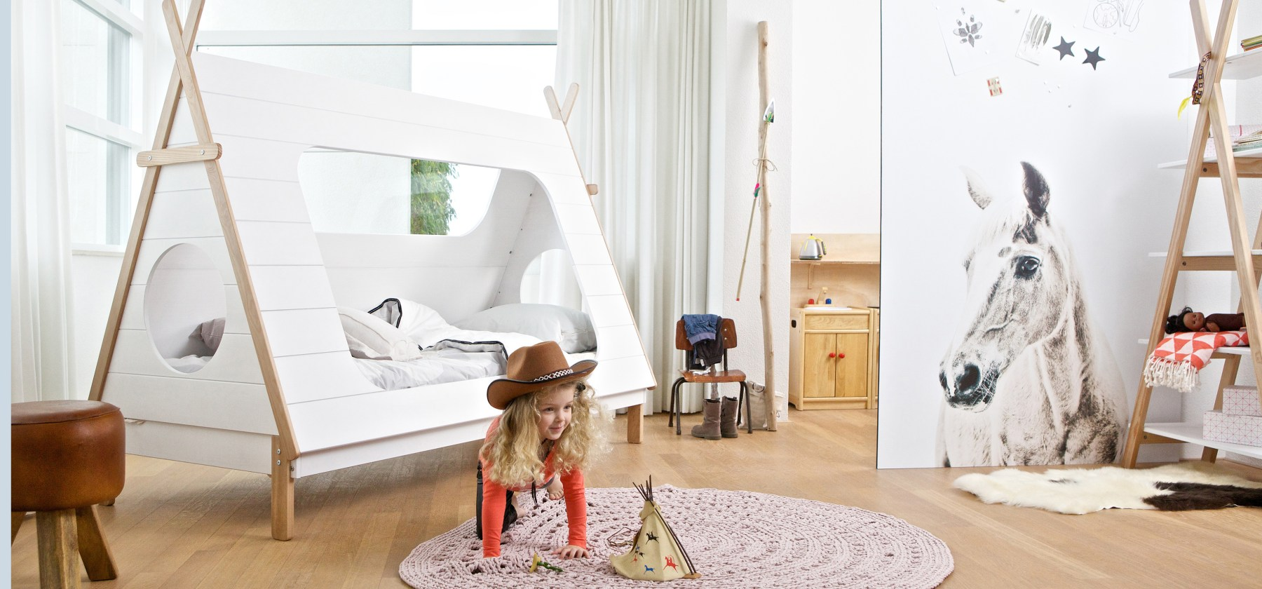 !tipi_bed_lifestyle