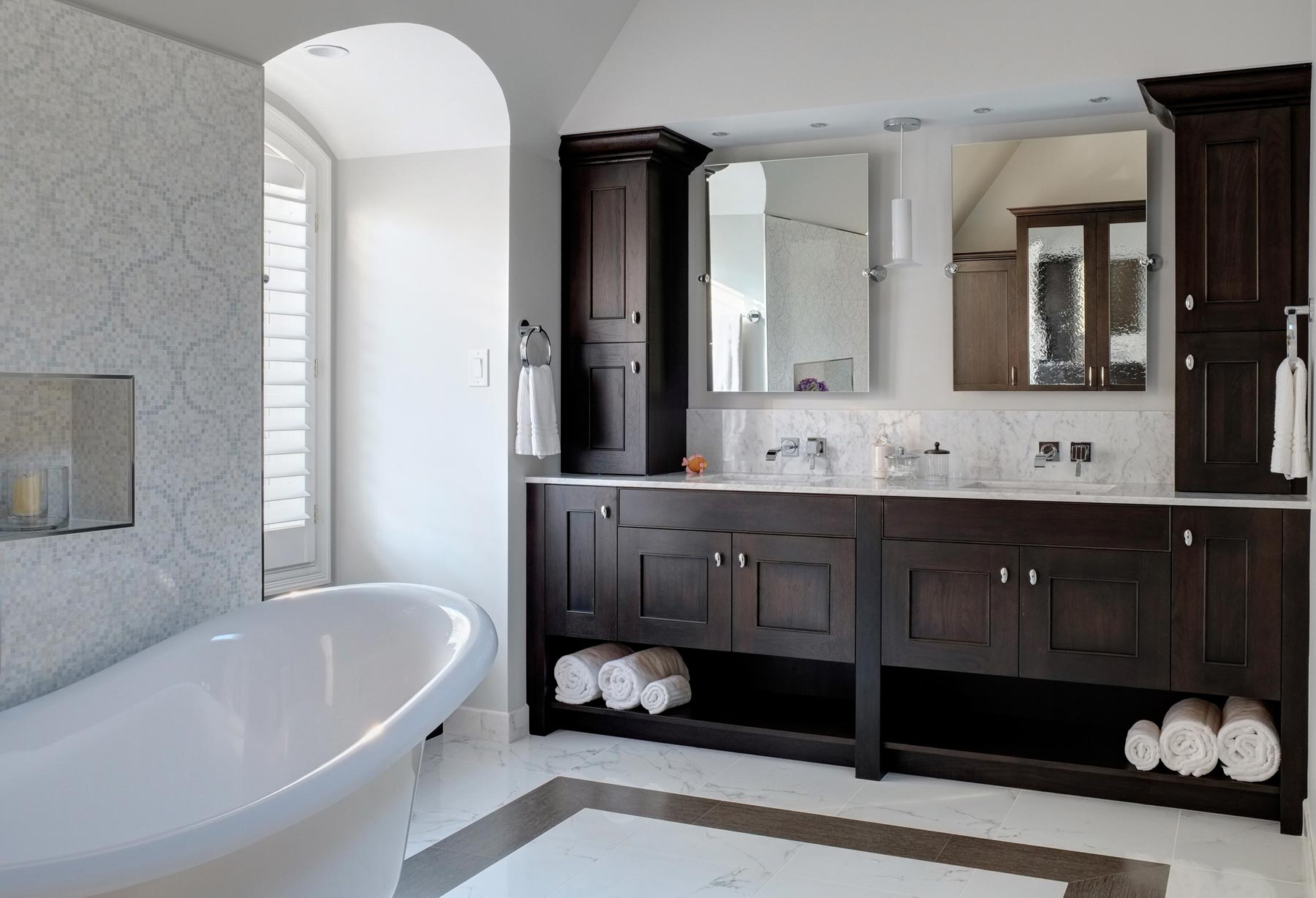 transitional-bathroom-designs-ideas-drury-design-elegant_bathroom-remodel
