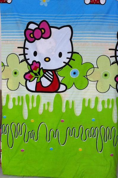 Kain Asli Hello Kitty Garden