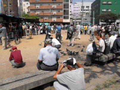大阪・西成のあいりん地区