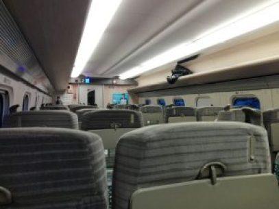 東北新幹線の車内