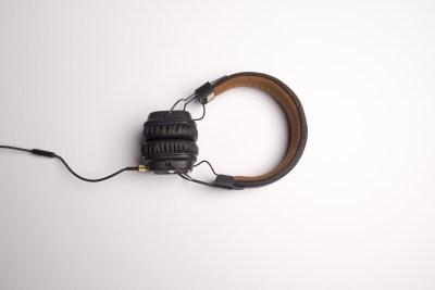 音楽ヘッドフォン
