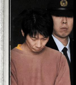キンコメ高橋容疑者送検 終始うつむき反応せず…寝ぐせのボサボサ髪、顔色悪く(デイリースポーツ) Yahoo ニュース