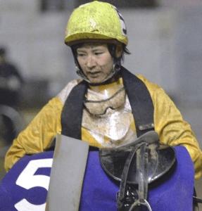 【写真】菜七子 初の落馬競走中止も連続騎乗 競馬・レース デイリースポーツ online
